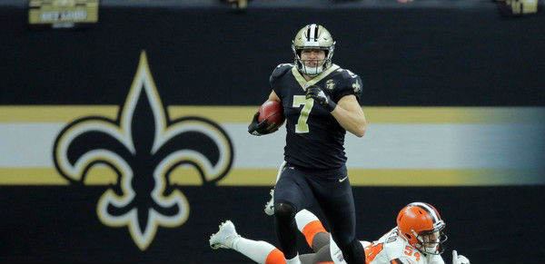He Don't Have No Position | Black & Gold ReviewTaysom Hill Body